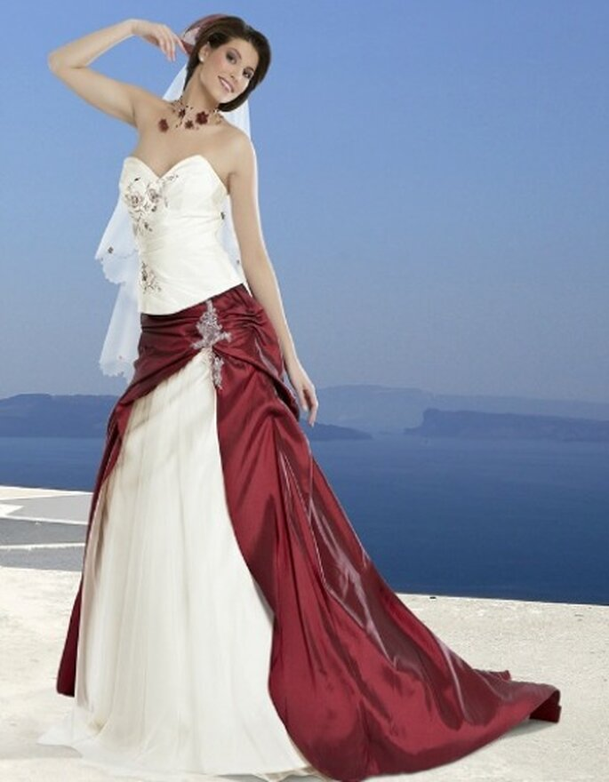 Robe De Marie Blanche Et Rouge Jpg Pictures to pin on Pinterest