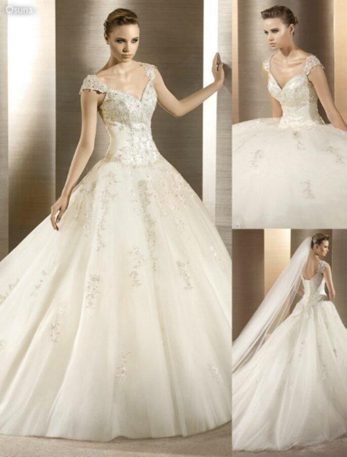 Abiti da sposa con cristalli...i più belli secondo Zankyou! Nella foto, un modello firmato Atelier Diagonal.