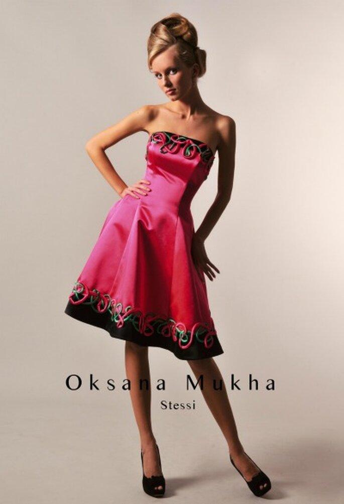 Robe de cocktail courte Oksana Mukha 2012, modèle Stessi