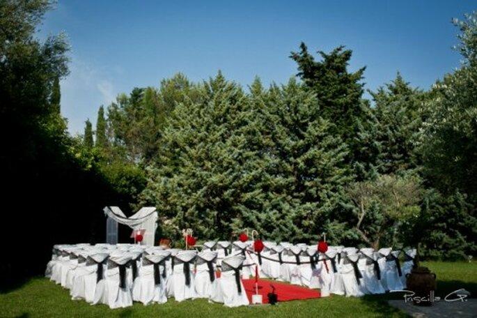 Rien de tel que de déléguer l'organisation de son mariage à la wedding planner Manue-Rêva