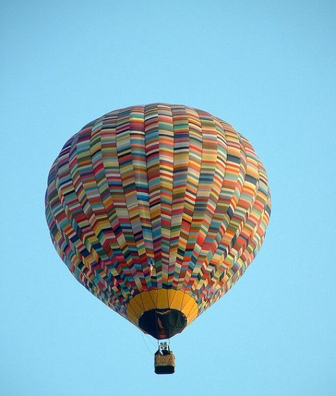 Paseos en globo en la lista de regalos para tu luna de miel. Foto: Olibac.