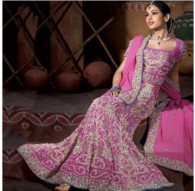 Un hermoso vestido indio. vía Indianhaadi.com
