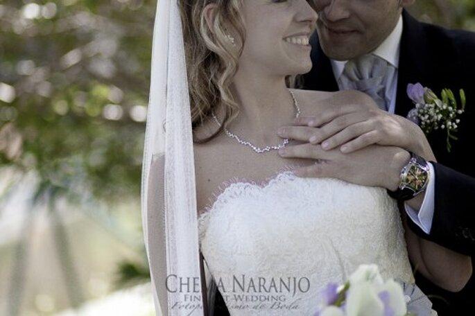 Boutonniere para el novio de boda. Fotografía Chema Naranjo