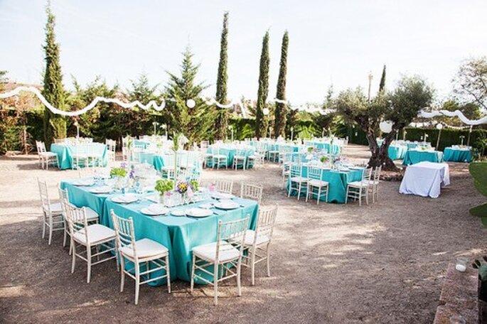 La place des invités à table dépend pour beaucoup de l'ambiance du mariage - Photo : Sara Lobla