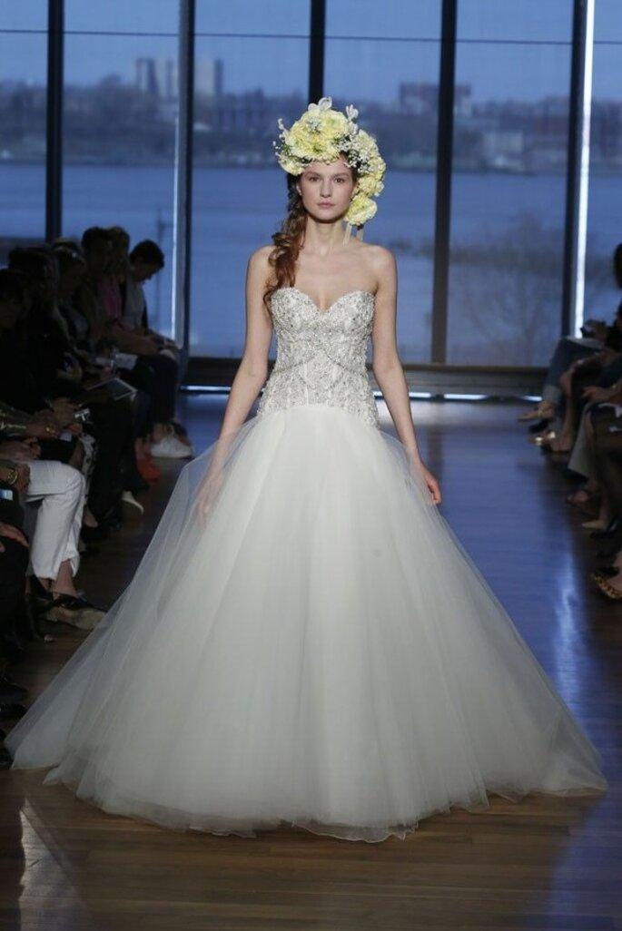 Tendances robes de mariée 2015 avec des bijoux intégrés - Photo Ines Di Santo