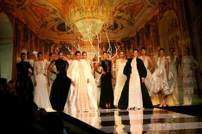 YolanCris ha presentato la sua spettacolare collezione 2014 durante la Barcelona Bridal Week. Foto: Jorge Andreu.