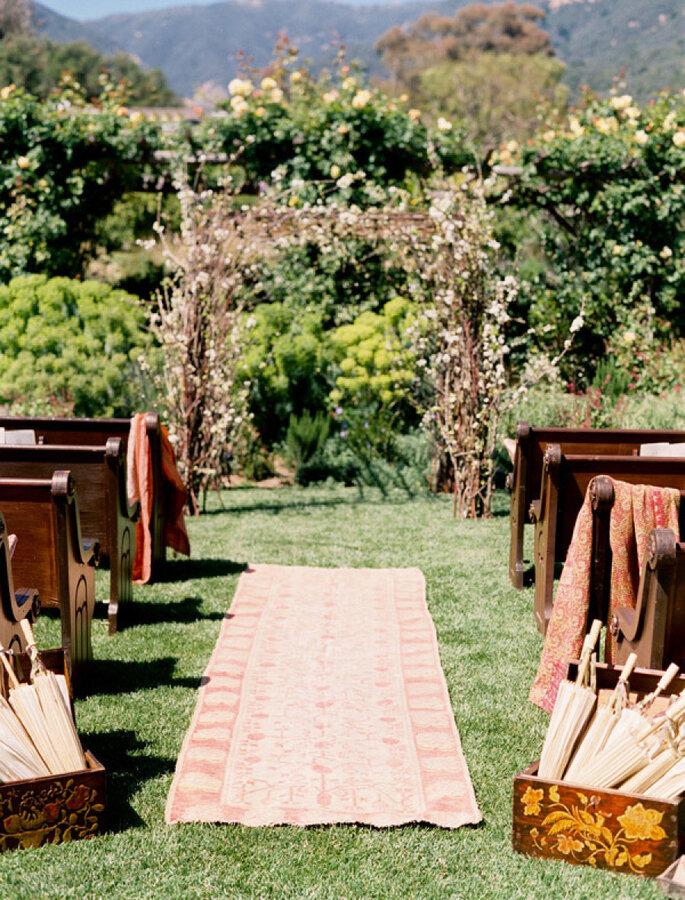 8 maneras creativas de decorar el pasillo de la ceremonia de boda. Foto-Jose Villa