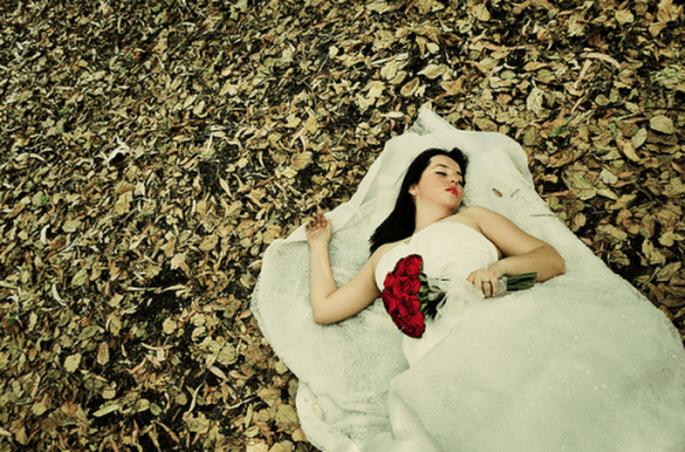 Sesión Trash the Dress con escenarios naturales sorprendentes - Foto Casa Fragma