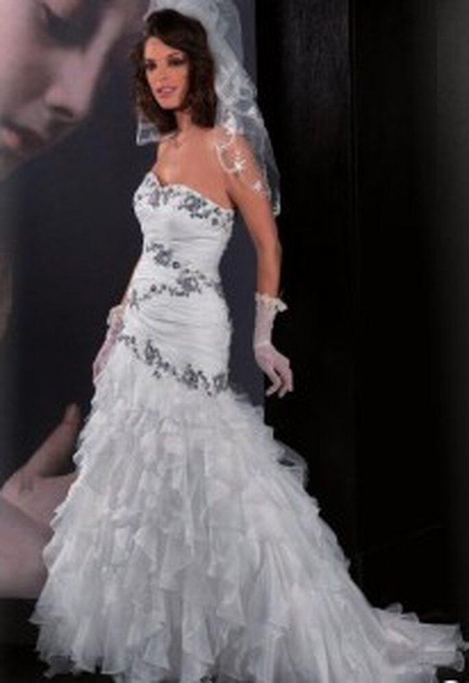 Modello di Tomy mariage