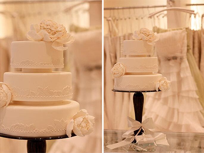 Pastel de bodas inspirado en Vera Wang, de Roxy Cakes. Foto: Roxy Cakes