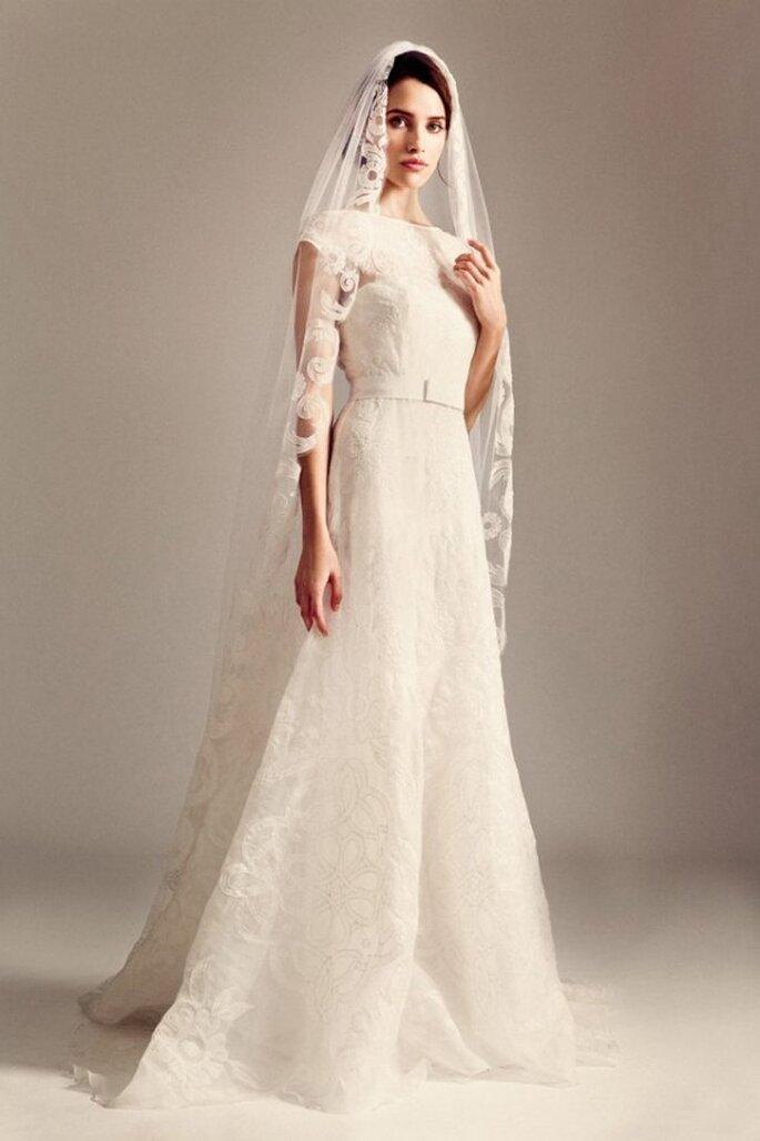 Vestidos perfectos para una novia romántica y atrevida - Foto Temperley London