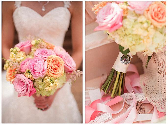 En el ramo de novia puedes combinar tonos suaves. Foto: Katelyn James