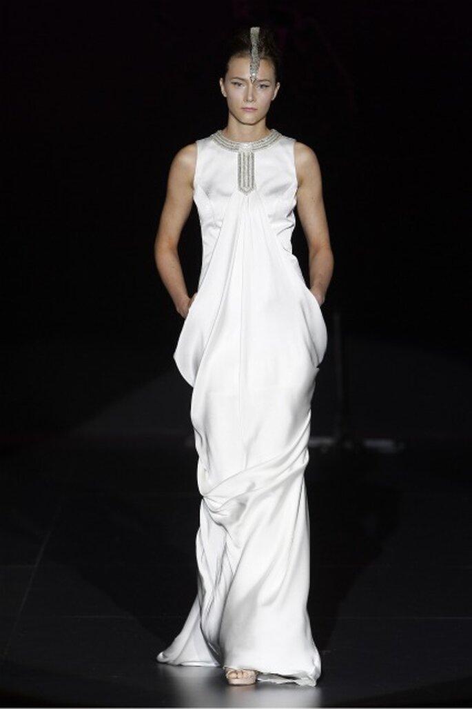 Vírgenes guerreras, inspiración de los vestidos de novia Isabel Zapardiez 2012
