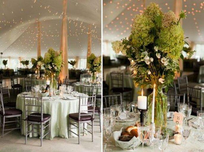In einer wunderschönen Umgebung schmeckt das Hochzeitsessen noch mal so gut! Foto: Heather Waraksa