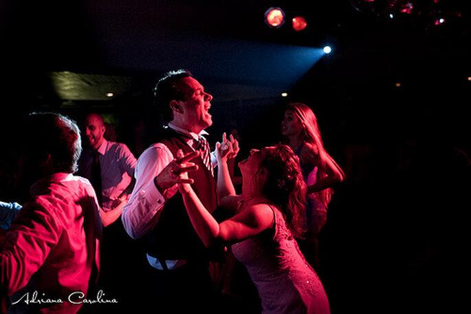 Pas question de se tromper sur son DJ de mariage ! - Photo : Adriana Carolina