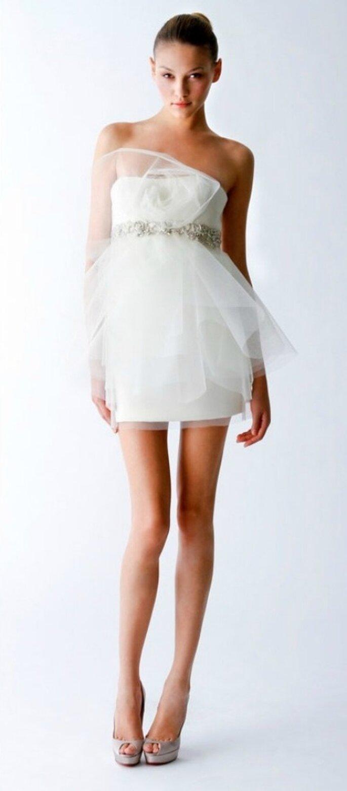 Vestido de novia corto con tul- Foto: Marchesa