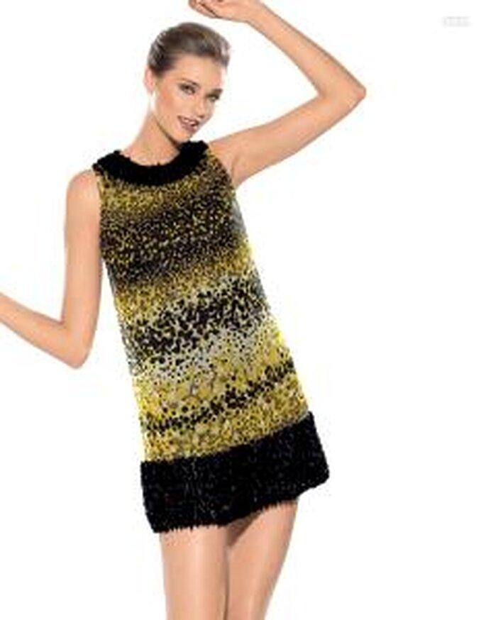Pronovias Cóctel 2010 - Joana, vestido corto en estampado safari, corte A, cuello redondo