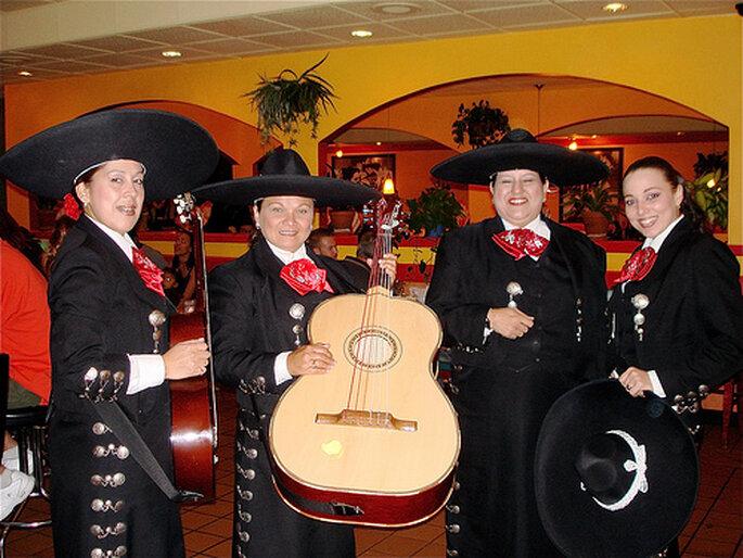 Mariage et musique locale : bonne ambiance garantie ! - Photo via Flickr by RustyAlaska