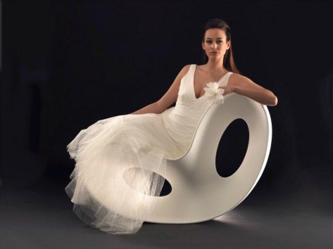 Robe de mariée Lambert Créations 2013, modèle Mona - Photo : Lambert Créations