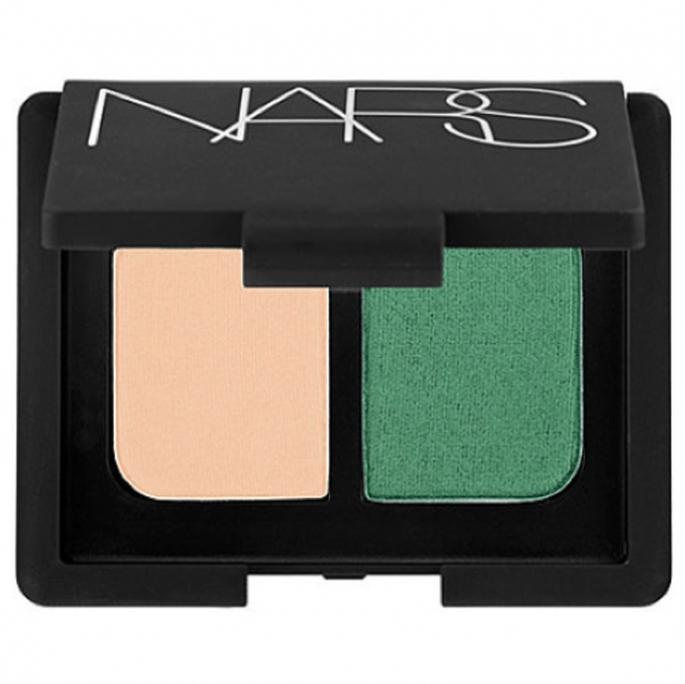 Sombras en color verde esmeralda y tonos tierra NARS - Foto Sephora