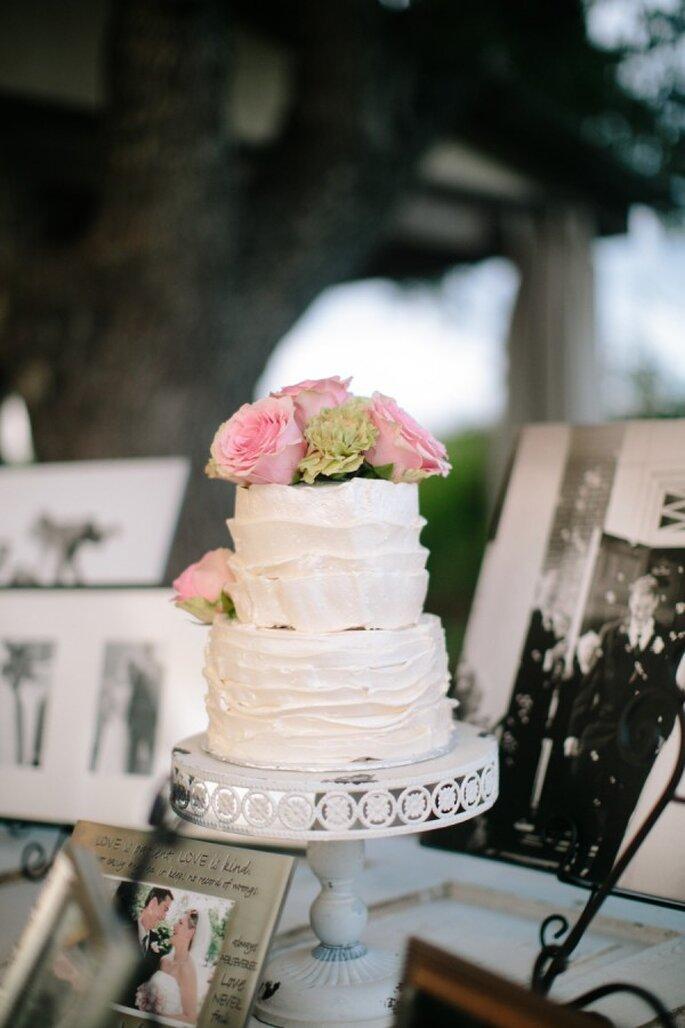 La tendencia de los mini cakes en el banquete de boda - Foto Anne Marie Photography