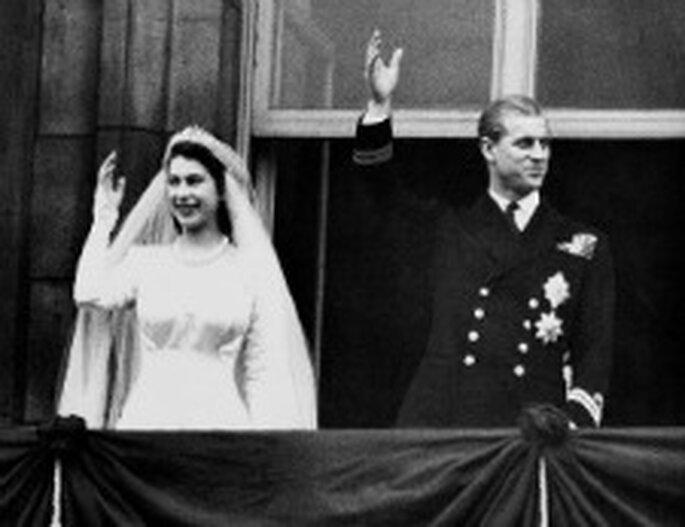 La reina Isabel y el príncipe Eduardo en su boda en 1947