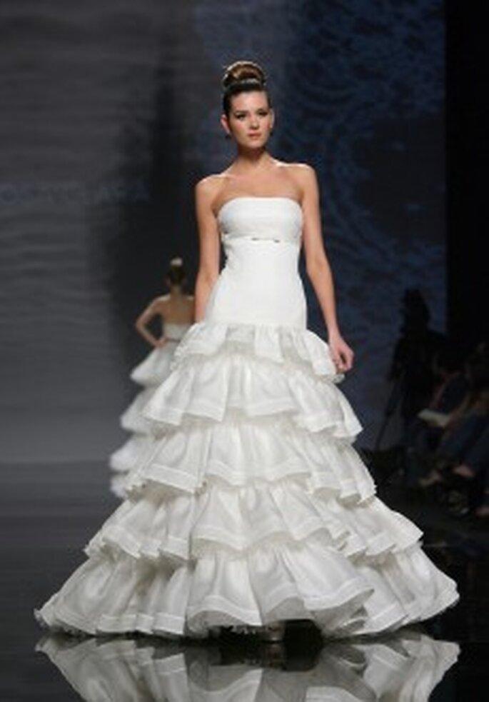 Vestido de Noiva Rosa Clará 2011