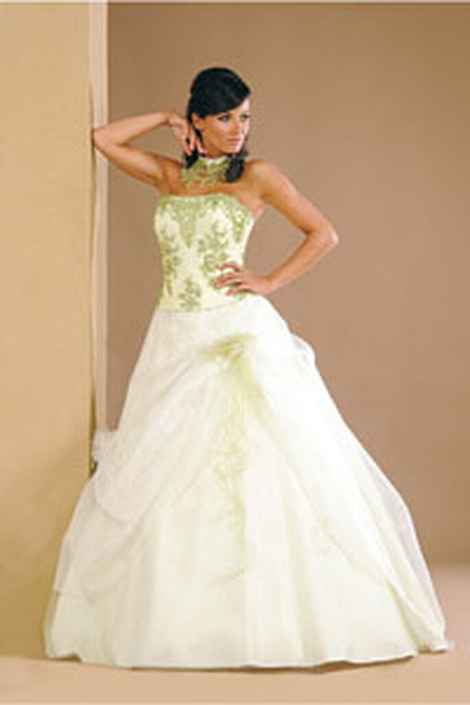 Robe Fluo , Annie Couture 2010