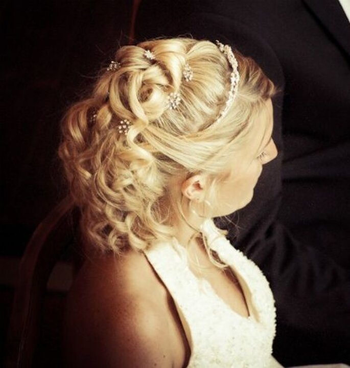 fryzury ślubne 2013
