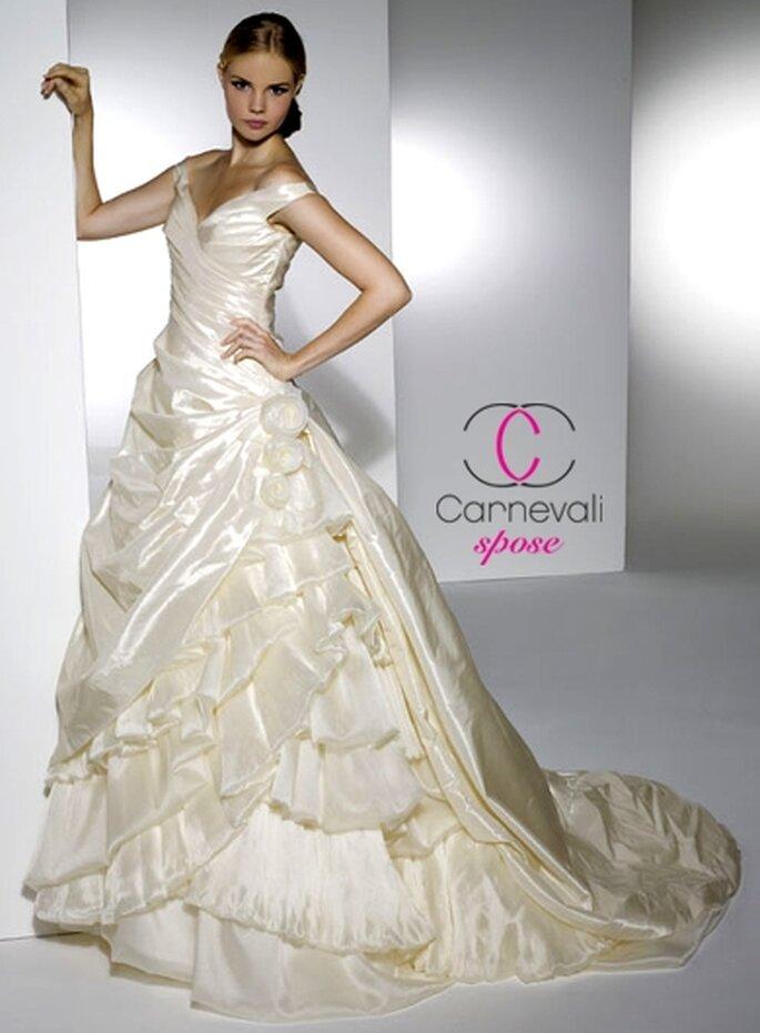 Modello Allegra ©Carnevali Spose