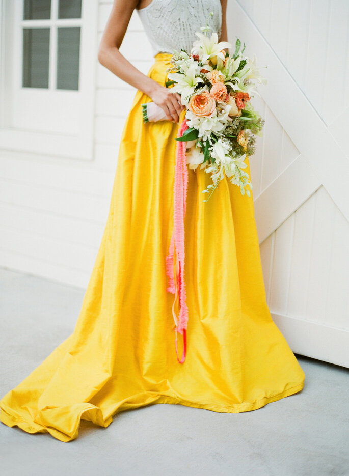 Decoración en amarillo intenso - Jose Villa Photography