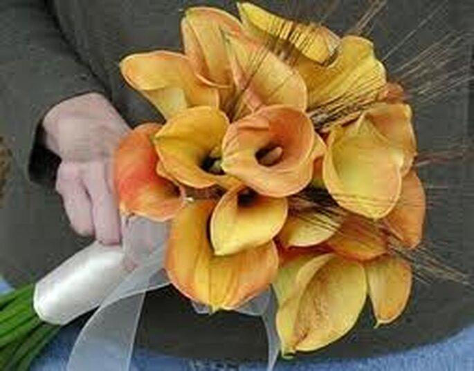 Tonos amarillos, naranjas y ocres en este hermoso ramo de otoño