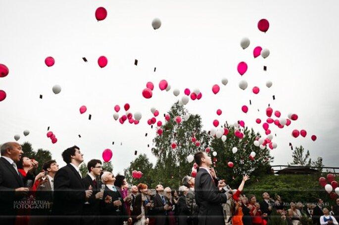balony z helem na ślubie