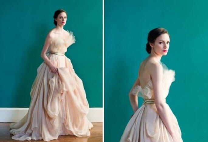 Brautkleider in den Farben Creme und Champagner für eine Hochzeit im ...