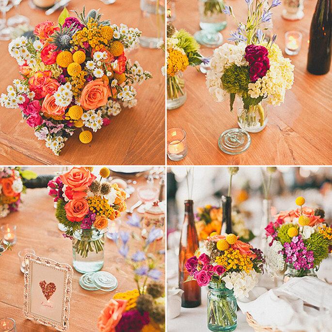 Arreglos florales para centros de mesa con colores de otoño. Foto de Sweet Little Photographs