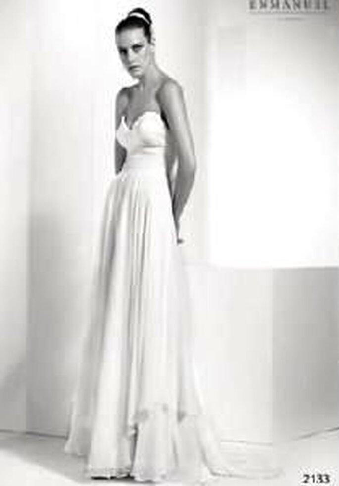 Enmanel Couture 2009 - Vestido palabra de honor de gasa con drapeado de tul en pechera y cintura