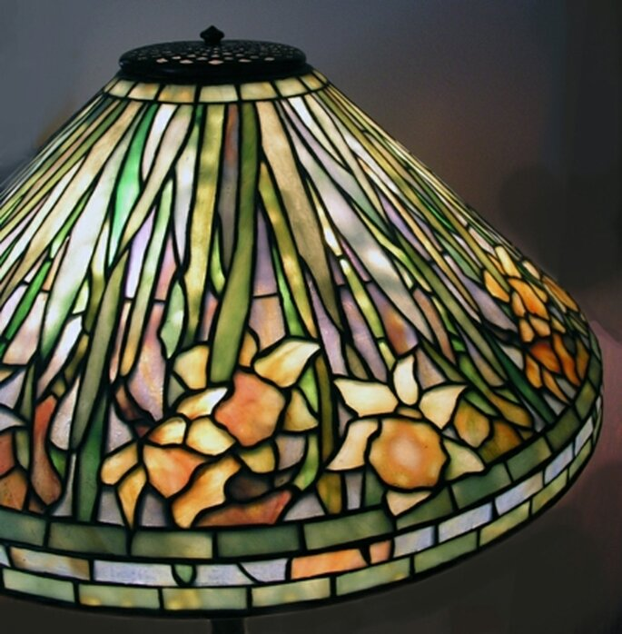 Lampada Tiffany in vetro colorato di The Art Factory