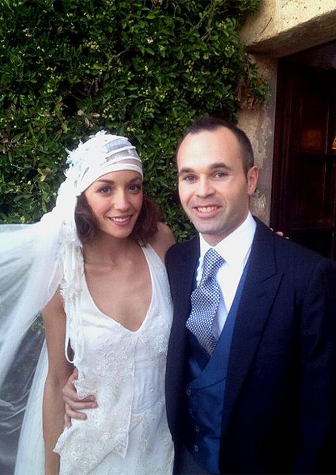 Anna Ortiz eligió un vestido de Teresa Helbig para su boda con Iniesta Foto : Twitter