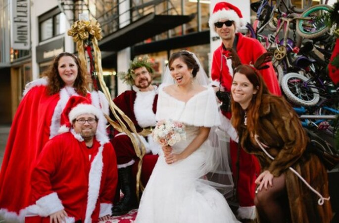 Divertida boda en Navidad - Foto Alexandra Roberts
