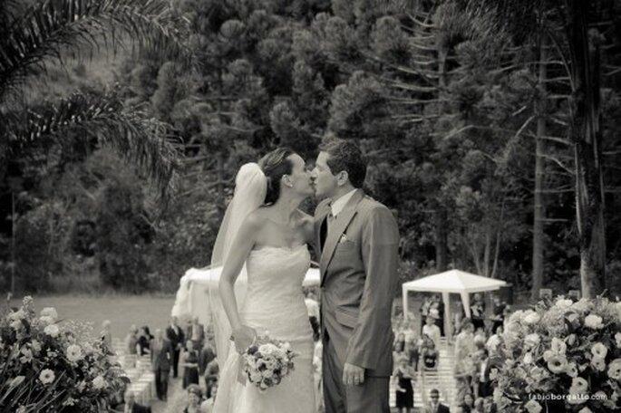 Pouvoir montrer ses bras le jour de son mariage n'est pas mission impossible ! Photo: Fabio Borgatto - http://fabioborgatto.com/