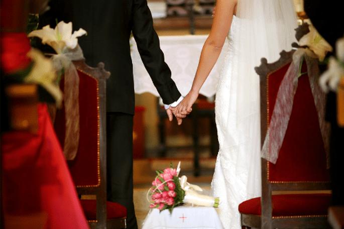 Prendre le nom de famille de son mari ou garder le sien ? Grande question ! - Photo : Byfotografos