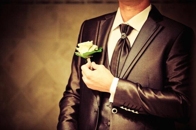 Photo www.mon-mariage-gay.info boutonniere marié