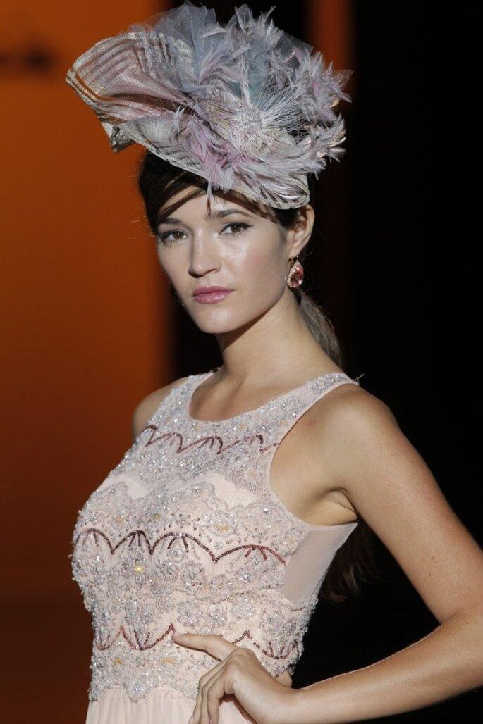 Turbantes y sombreros para presumir tu estilo en 2015 - Foto Carla Ruiz