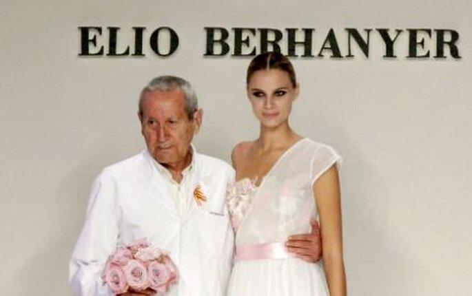 Colección de vestidos de novia Elio Berhanyer 2010