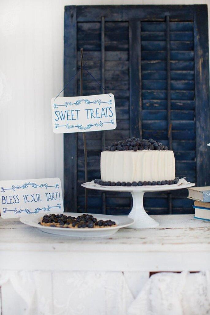 Mini pasteles de boda para tu banquete - Foto Souder Photography