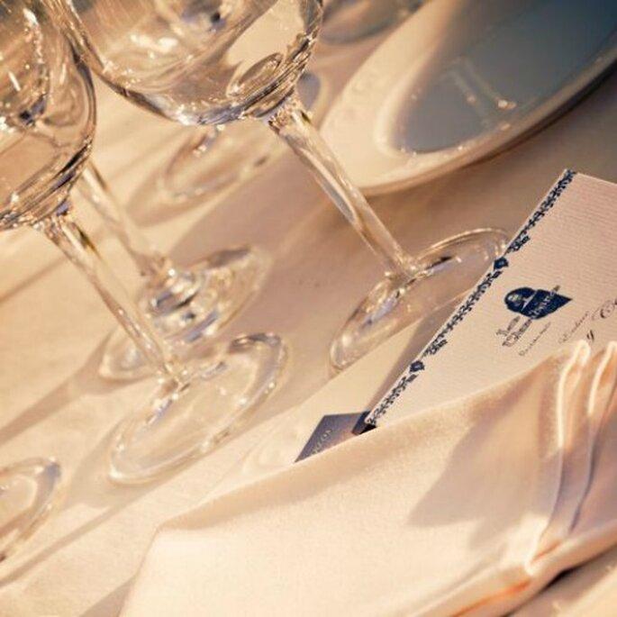 Cocktail et dîner de mariage pèsent lourd dans le budget global ! - Crédit photo : Adrian Tomadin