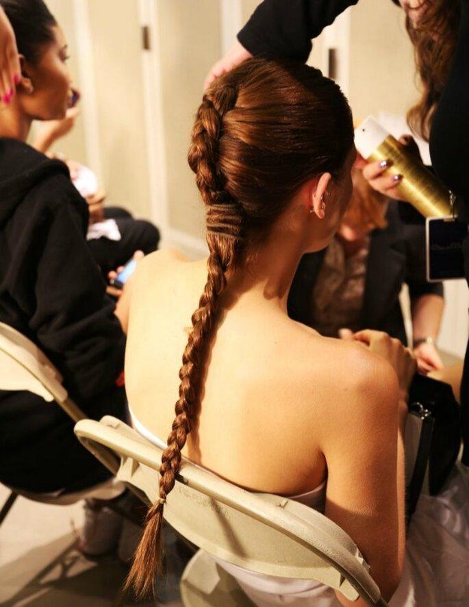Trenzas, el peinado must para las novias más trendy - Foto Oscar de la Renta
