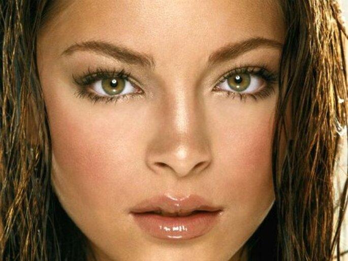 Maquillaje moderado permite eliminar unos cuantos años encima