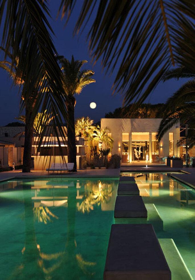 do you saint tropez l h tel sezz cap sur une lune de miel de star. Black Bedroom Furniture Sets. Home Design Ideas