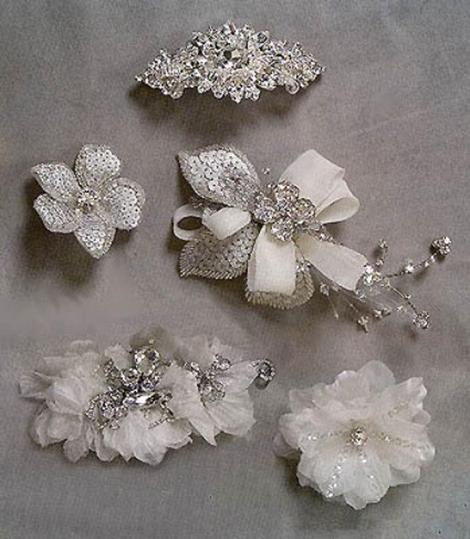 Distintas opciones económicas de broches para novias a que es difícil escoger solo uno